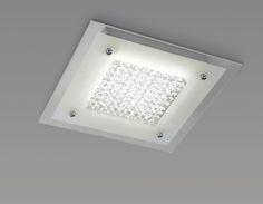 Plafón de techo CRYSTAL 4560 MANTRA  Design by Hugo Tejada.  • Fabricado en cromo y cristal.  • Iluminación LED 21W - 220/240 V. incluida    4000K - 2100 lumen.  • Medida:  45 x 45 cm. Altura 5,5 cm