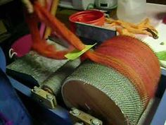 using a diz to pull roving off the drum carder