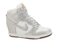 the latest 91c11 60d0a Nike Dunk Sky Hi Vintage Women s Shoe Nike Wedge Sneakers, All Nike Shoes,  Nike