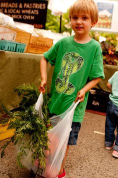 Kids shopping at the farmer's market