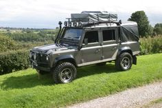 Land Rover Defender 110 Td5 Sw crew cab canvas prepared for camping and adventure. Nice.