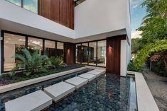 Palm Avenue Miami Modern, 73 Palm Av, Miami Beach, Florida 33139, USA - page: 1 #mansion #dreamhome #dream #luxury http://mansionhomes.co/dream/palm-avenue-miami-modern/