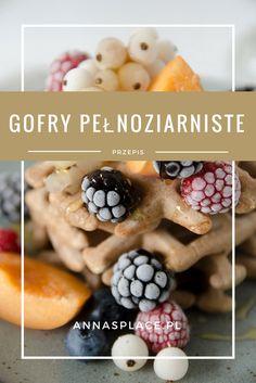 Gofry pełnoziarniste z owocami sezonowymi #gofry #waffles #waffle #photography #foodphotography