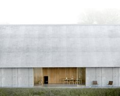 Projets — JEAN-FRANCOIS MADEC ARCHITECTE Minimal Architecture, Roof Architecture, Architecture Details, Cabin Design, Roof Design, Contemporary Farmhouse Exterior, Small Country Homes, Agricultural Buildings, Weekend House