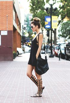Love these gladiator sandals...such a fun look! From http://thenativefox.blogspot.com/2013/12/looks-of-2013.html