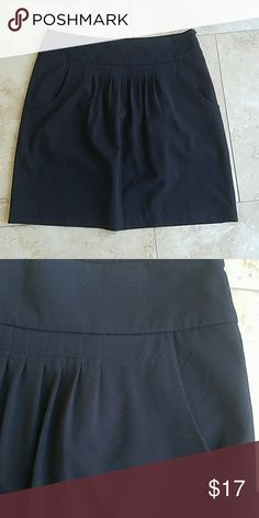 Worthington Skirt with Pockets Super cute black skirt! Working pockets and side zip closure. Rouching in the front! Worthington Skirts Midi