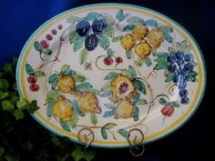 Frutta Bumblebee pattern from Vietri, serving platter