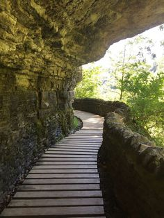 If You Live In Indiana, You Must Visit This Amazing State Park. No matter what time of year, Clifty Falls State Park is the perfect place for an afternoon adventure OR a weekend getaway. Vacation Places, Vacation Destinations, Vacation Spots, Places To Travel, Midwest Vacations, Vacation Ideas, Greece Vacation, Travel Things, Vacation Trips