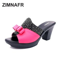 24.75$  Watch here - http://alixxu.shopchina.info/1/go.php?t=32792148097 - ZIMNAFR 2017 SUMMER GENUINE LEATHER WOMEN SANDALS DIAMOND SOFT FACE BOW MOTHER SLIPPERS PLATFORM ANTISKID SANDALS SLIPPERS  #magazineonline