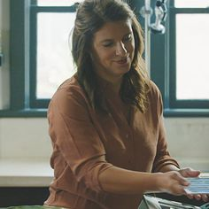 Broiling | A Chef's Life - How-To's with Chef Vivian Howard | Le Creuset