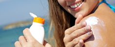 Sunscreen can prevent skin cancer if is used properly. Skin cancer is the most common form of cancer in the United States. Sunburn Relief, Best Tanning Lotion, Tanning Cream, Tanning Tips, Selfies, Sun Lotion, Beauty First, Cancer Facts, Body Lotions