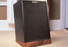 Speaker stand – Canadian Home Workshop