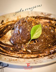Αν ψάχνετε μια εθιστική απόλαυση , σας προτείνουμε την βελούδινη λάβα σοκολάτας...  💻 www.famiglianodelivery.gr ☎️ 2316.008.188 ➡️ Τσιρογιάννη 5, απέναντι από τον Λευκό Πύργο  #handmade_happiness #Λευκός_Πύργος #famigliano #ourplace #myfamigliano Steak, Breakfast, Food, Sign, Google, Morning Coffee, Eten, Steaks, Meals