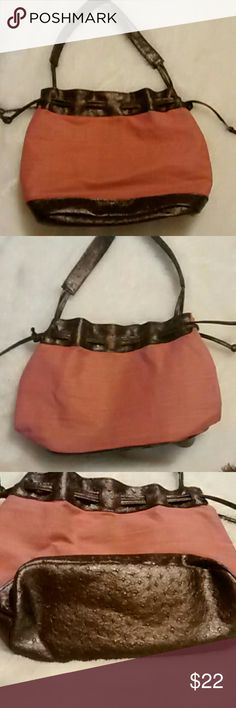 Victoria's Secret Handbag This is adorable Victoria's Secret purse. In excellent condition. It's 13 inches wide and 10 inches long.  Any questions please feel free to ask. Offers welcome Happy Poshing! Victoria's Secret Bags Shoulder Bags