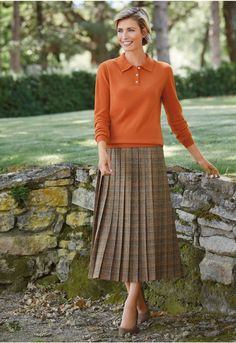 Woven in a British heritage mill, the tweed for this gorgeous skirt reflects the warm shades of autumn leaves. This fully lined style has knife pleats sewn down to the hip, a side zip fastening and side back waistband elastication. Modest Wear, Modest Outfits, Trendy Outfits, Cool Outfits, Knife Pleated Skirt, Pleated Skirts, Proper Attire, Cute Clothes For Women, Country Outfits