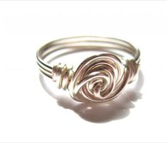 Learn how to make a Wire Rose Ring with this free wire wrapping tutorial. It would make a great gift for a significant other or any loved one.