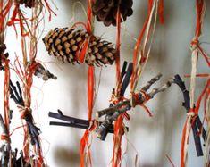 Items similar to Rustic garland Door Decor Wreath Twig Woodland Wedding Table Decoration on Etsy Cork Garland, Fall Garland, Fall Door Decorations, Thanksgiving Decorations, Thanksgiving Table, Rama Seca, Wedding Doors, Rustic Fall Decor, Autumn Table