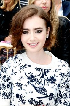 Lily Collins debuted a brand new cut at the Chanel Fall/Winter Couture show in Paris. // #hair #beautylooks