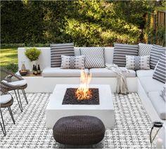Fire Pit Seating, Backyard Seating, Backyard Patio Designs, Fire Pit Backyard, Backyard Landscaping, Diy Patio, Budget Patio, Wood Patio, Fire Pit Yard