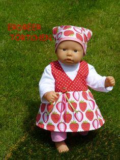 """Puppenkleidung - """"ErdbeerTörtchen"""" 4tlg Set Gr.35-40cm - ein Designerstück von handgeschick bei DaWanda"""