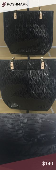 Michael Kors Black Tote M I C H A E L ❤️  K O R S  ❈ Condition: New With Tags  ❈ Reasonable Offers Always Welcome   ❈ Bundles are always encouraged to save on shipping.  ❈ Shipping Monday ➡️ Friday - Fast Same/Next Day  ❈ Everything I sell comes from my clean, smoke-free & pet-free home.   ❈ All items are 100% authentic! I stand behind everything I sell.  ❈ Questions? Comment below, I will be more than happy to assist you.  ❈ Michael Kors Bag & Tissue available upon request.  💋Bella Michael…
