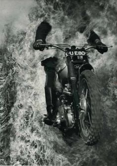 Into the fire Valentino Rossi, Vintage Motorcycles, Cars And Motorcycles, Motos Retro, Bmw Cafe Racer, Into The Fire, Street Bikes, Cool Bikes, Bobber