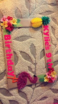Say aloha to these bright ideas to plan a luau quinceanera! From dresses to cakes, find everything you need to transport your guests to a tropical paradise. Aloha Party, Luau Theme Party, Hawaiian Luau Party, Hawaiian Birthday, Tiki Party, Luau Birthday, 1st Birthday Parties, Kids Luau Parties, Summer Parties