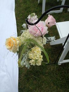 Aisle floral