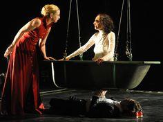 The Theater Lover's Guide To Tel Aviv    Michal Weinberg and Shiri Golan at Tmuna Theater| Gadi Dagon/Wikimedia