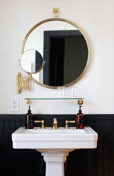 round brass bathroom mirror in a black and white bathroom Bad Inspiration, Bathroom Inspiration, Bathroom Ideas, Bathroom Styling, Bathroom Remodeling, Remodel Bathroom, Remodeling Ideas, Simple Bathroom, Modern Bathroom