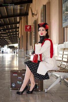 Pin up & Rockabilly Rockabilly Moda, Rockabilly Pin Up, Rockabilly Fashion, Retro Fashion, Vintage Fashion, Vintage Style, Retro Style, Vintage Pins, Travel Chic