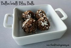 Enjoy making these guilt free bliss balls super quick in the Bellini Intelli Kitchen Master or similar food processing appliance. Healthy Dishes, Healthy Treats, Baking Recipes, Cake Recipes, Bellini Recipe, Bliss Balls, Balls Recipe, Biscuit Recipe, Tray Bakes
