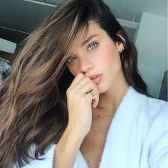 Portuguese model @TheLionsNY, @oui_management in paris, @Models_1UK in London and @CentralModels in Portugal Twitter:@sarasampaio