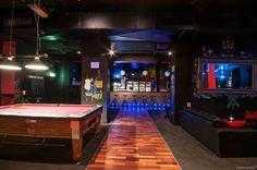 NEW PICS! This cool and moody venue has everything from private bar and pool table, to a designated smoking room. Interior Design Kitchen, Interior Design Living Room, Living Room Decor, Bedroom Decor, Room Hire, Melbourne Cbd, Function Room, Party Venues, Pool Table