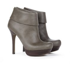 ALICE ankle bootie