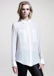 665e632185e Один из самых сексуальных и откровенных вариантов - это прозрачная белая  блузка. При использовании такой