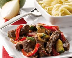 Beef and Vegetables Stir Fry with Noodles Recipe : Tefal United Kingdom & Ireland Stir Fry Recipes, Noodle Recipes, Beef Recipes, Actifry Recipes Slimming World, Tefal Actifry, Beef Strips, Stir Fry Noodles, Fried Vegetables, Pork Tenderloin Recipes