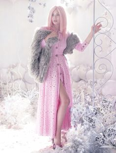 OLSENS ANONYMOUS ELIZABETH OLSEN STYLE FASHION BLOG BULLETT MAGAZINE EDITORIAL PASTEL COTTON CANDY PINK HAIR GOWNS WINTER METALLIC SILVER EMBELLISHED BEAUTY  3