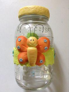 Lindo frasco con mariposa