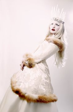 ice queen | Ice Queen Editorial in Harlow Magazine | Doe Deere Blogazine