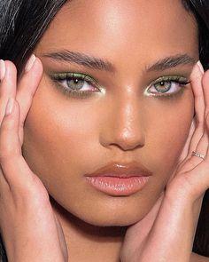Here Is Best Flawless Women's Painless Hair Remover Girls Makeup, Glam Makeup, Skin Makeup, Makeup Inspo, Makeup Art, Makeup Inspiration, Beauty Makeup, Cute Makeup Looks, Makeup Eye Looks