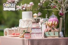 Read our blog for more on this Shabby Chic Sweet as Pie party by Partystock!