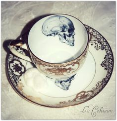 Tea cup. Skull. Antique. Modern twist. www.origin-of-style.com