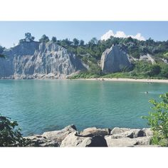 Summer vibes at the otherworldly Scarborough Bluffs Scarborough Bluffs, Geography, Summer Vibes, Buy Now, Girls Eyes, Places To Visit, Dress Skirt, Hair Beauty, Shoes Heels