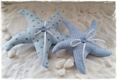 2 starfish in country style * Maritime decoration from Little Charmingbelle on DaWanda …. Felt Crafts, Fabric Crafts, Diy And Crafts, Arts And Crafts, Baby Sewing Projects, Sewing Crafts, Fabric Fish, Ceramic Fish, Lavender Bags