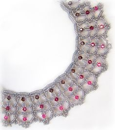 Brocade Necklace Pattern by Sandra D. Halpenny  www.bead-patterns...