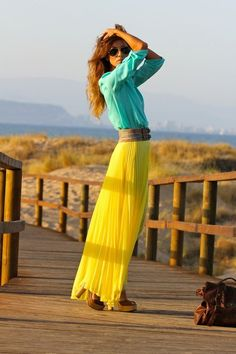 I'm dying for that yellow skirt