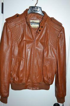 Vintage 80s Burgundy Leather Racer Jacket / Oxblood Bermans Cafe Jacket / Size 42 KIJ6s4Y