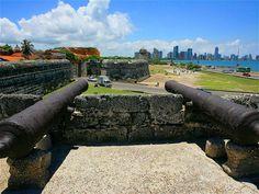 El Castillo de San Felipe de Barajas fue construido en 1536.