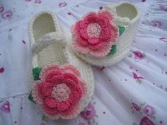 FREE CROCHET BABY SHOES | Crochet For Beginners